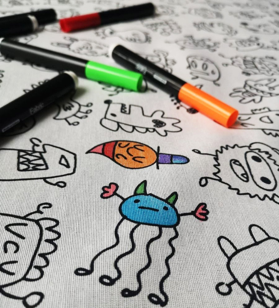 Free fabric markers with 2m doodle fabric.